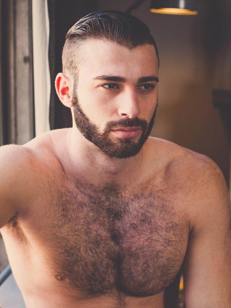 """Actores Porno Gay En La Carcel manhunt español on twitter: """"#drama el actor porno gay"""