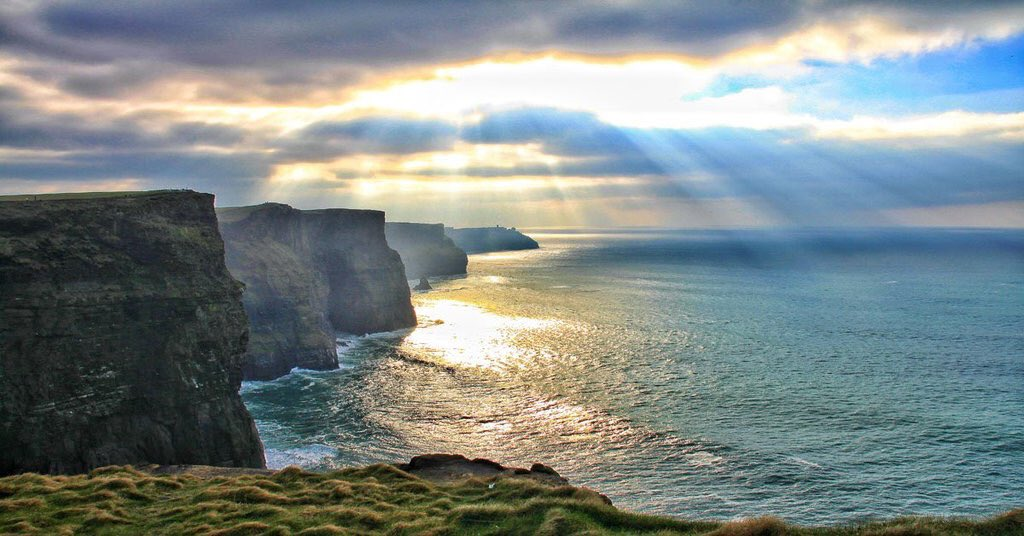 Fantastic news as @CliffsofMoher1 and The Burren are designated as a #UNESCO site: https://t.co/NbilWwSbwH https://t.co/eWNZgy2vdP