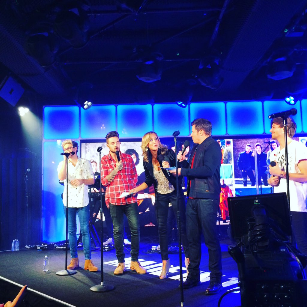#MadeInTheAM #1DOnGMA #gma40 https://t.co/ywkvZTOnGZ