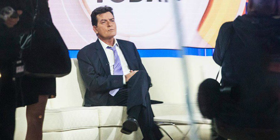 Hollywood nel panico: Charlie Sheen soffre di HIV.