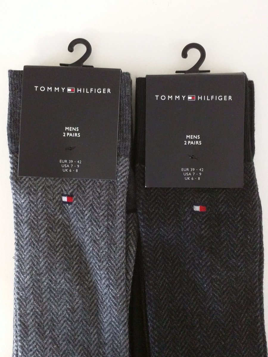 Follow & RT to #Win 2 x 2 Pack of men's Tommy Hilfiger Socks UK Size 6-8 Ends 20/11#GiveAway #Competition https://t.co/CrntVwmGQS
