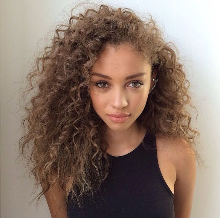 Black Girl Hairstyle On Twitter Anybody Love Long Curly Hair