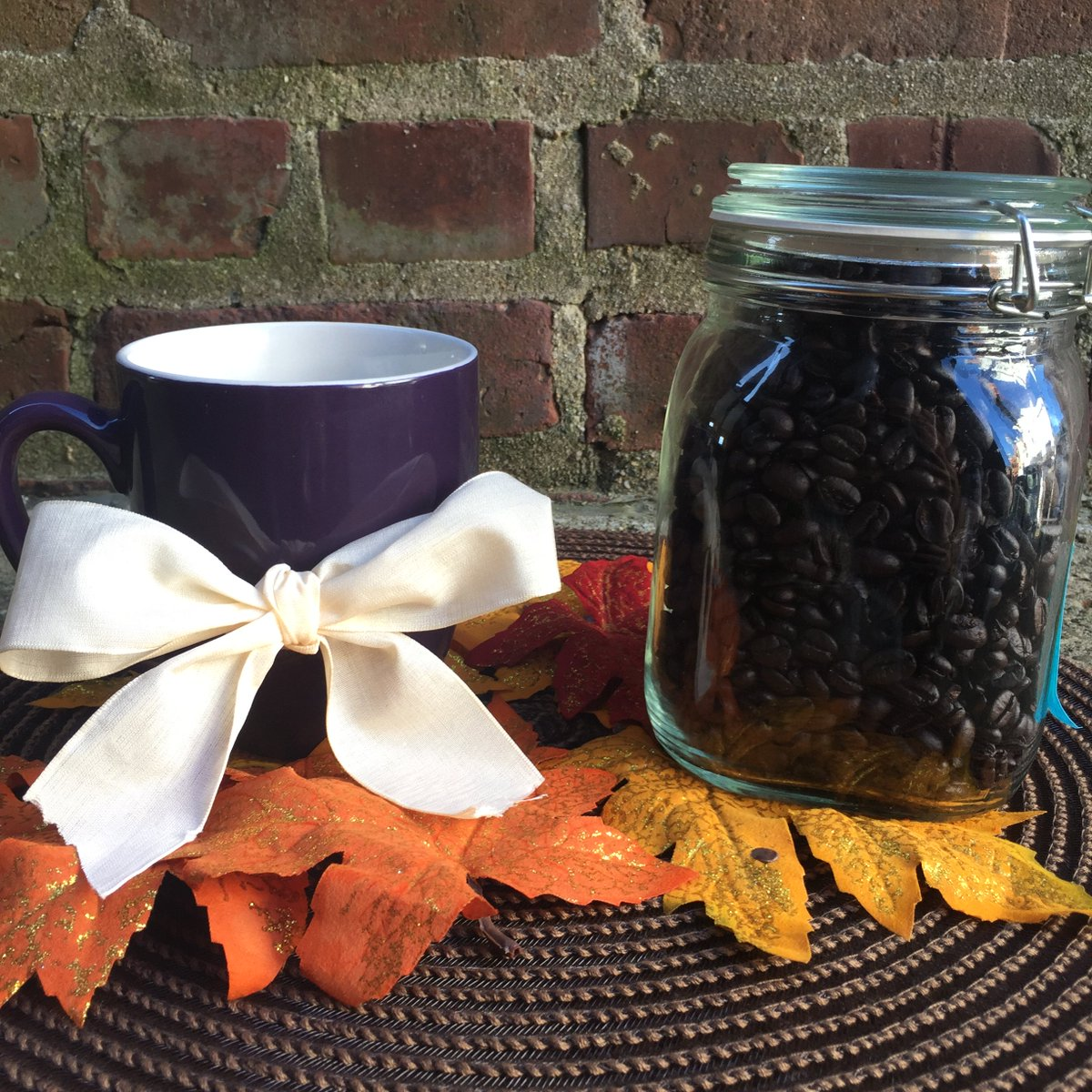 How many Eight O'Clock coffee beans are in this jar? Guess for your chance to win some coffee! https://t.co/hHy7uMlXeN