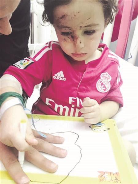 CR7 va rencontrer Haidar, un petit enfant qui a perdu ses parents dans un attentat à Beyrouth la semaine dernière ! https://t.co/pLMxKF12b1