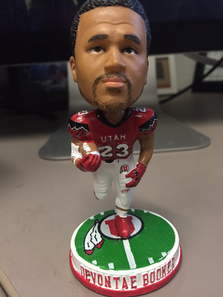 Want a #BookMode bobblehead for your own desk? Retweet for chance to win! We'll give more away at Ute Walk. #goutes https://t.co/EWzevqFeqz