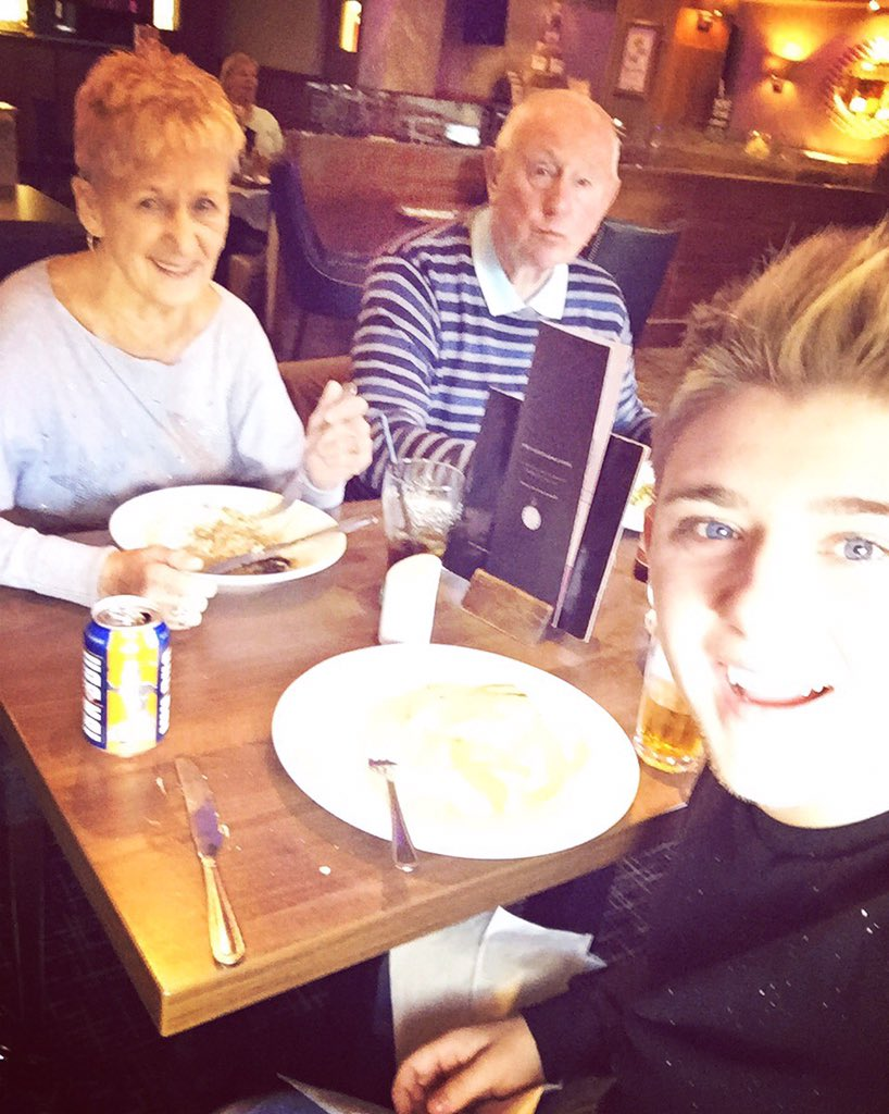 Taken my gran for her lunch today to celebrate her 79th birthday .. What an amazing woman ❤️❤️ https://t.co/6QmpmPaYxh