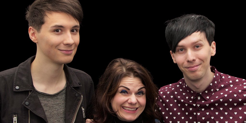 .@caitlinmoran chats to @danisnotonfire & @AmazingPhil about The Amazing Book is Not on Fire https://t.co/fVRlUZBWyi https://t.co/hktKl11gOl