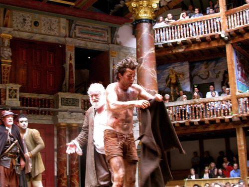 #LoveTheatreDay #travel to #London for  #Shakespeare w/  #RTW @MuzicByMozart https://t.co/rIWMjBkEgn #ttot #tni https://t.co/xTnO6twOsS