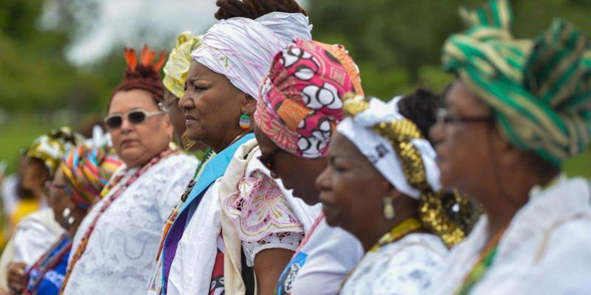 19 imagens que mostram a força e a grandeza da 1ª Marcha das Mulheres Negras  https://t.co/hoS6RLlpDQ #Mulheres
