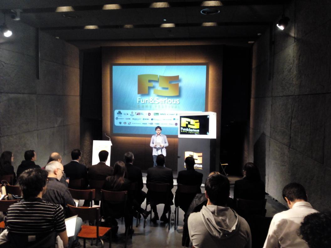 Presentación de @funandserious en #AzkunaZentroa. #videojuegos #AzPlay https://t.co/edOUoNMCNT
