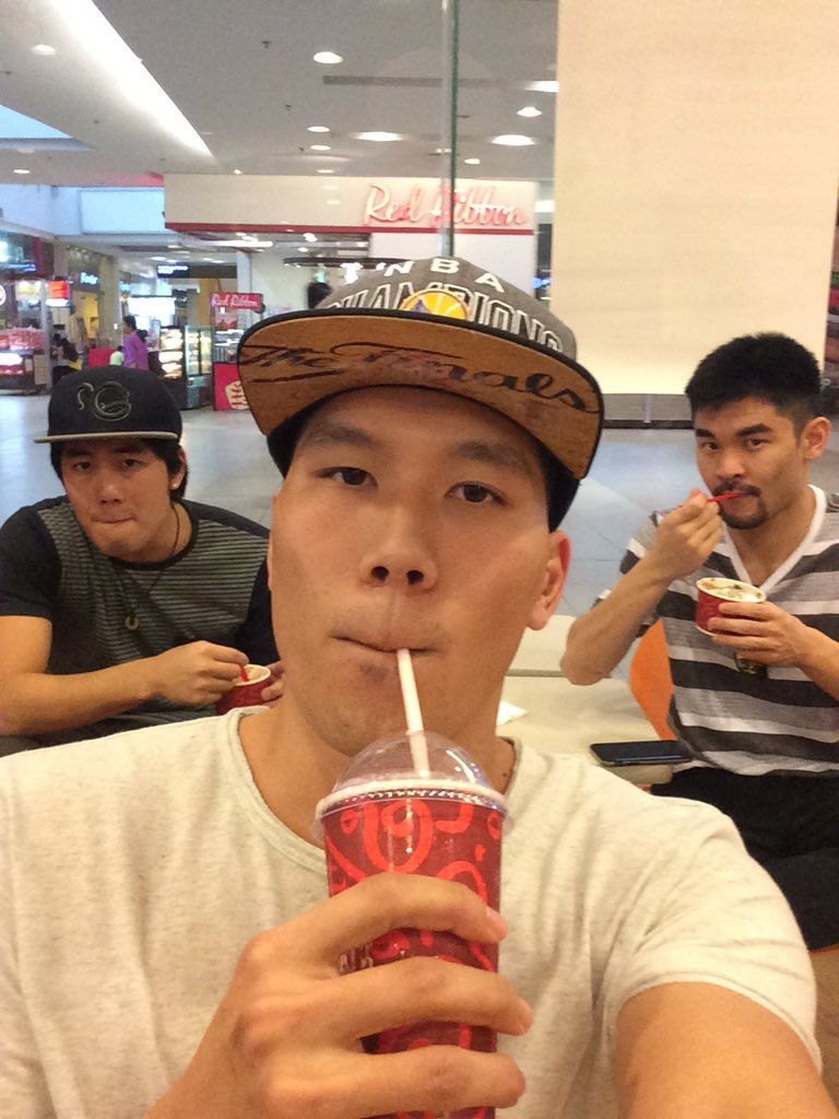 Tried authentic Philippines food today! They call it cold stone ice cream @TheRealRyanHiga @FujiYoSean https://t.co/Mrk1TUmh4s