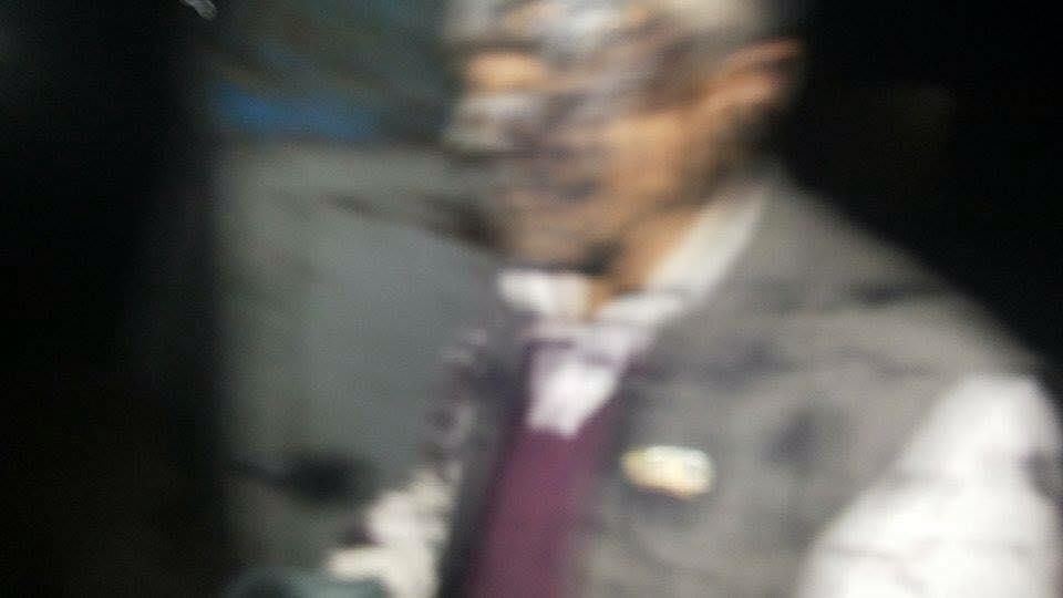 ढुकेर बसेका मोर्चा कार्यकर्ताले सांसद साहलाई कालोमोसो दले