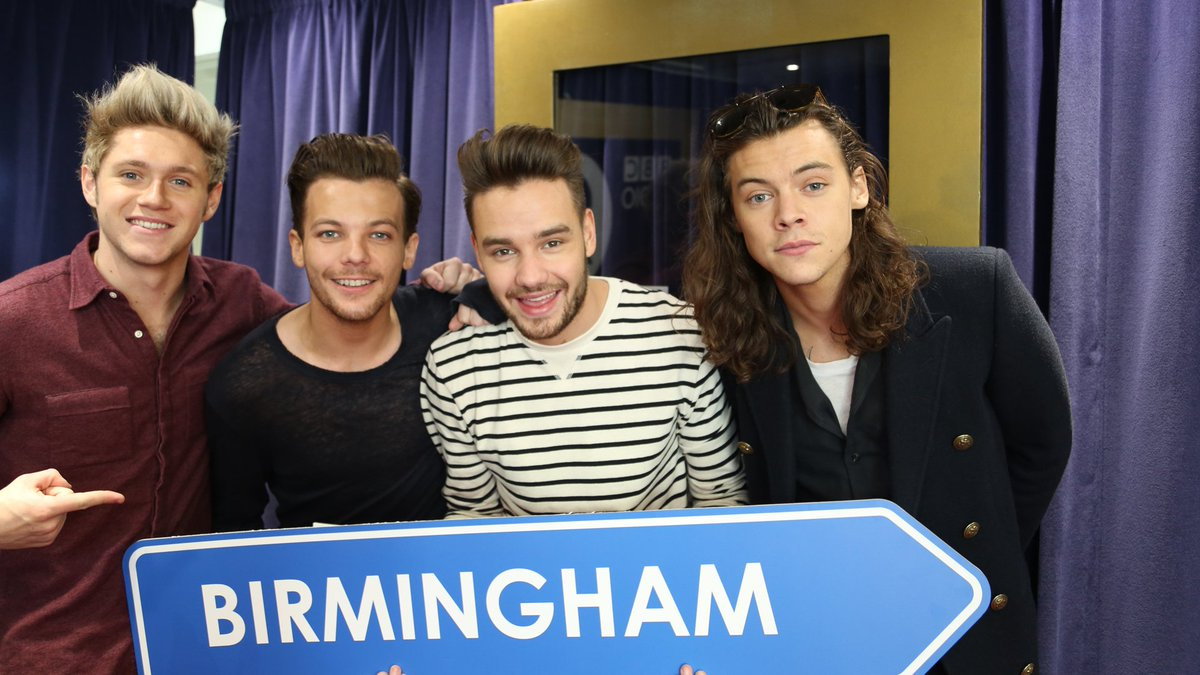 ICYMI: @onedirection are joining us for the #BBCMusicAwards in Birmingham!! Tickets & info: https://t.co/sVpkszpiZ0 https://t.co/UxmCDS2kbm