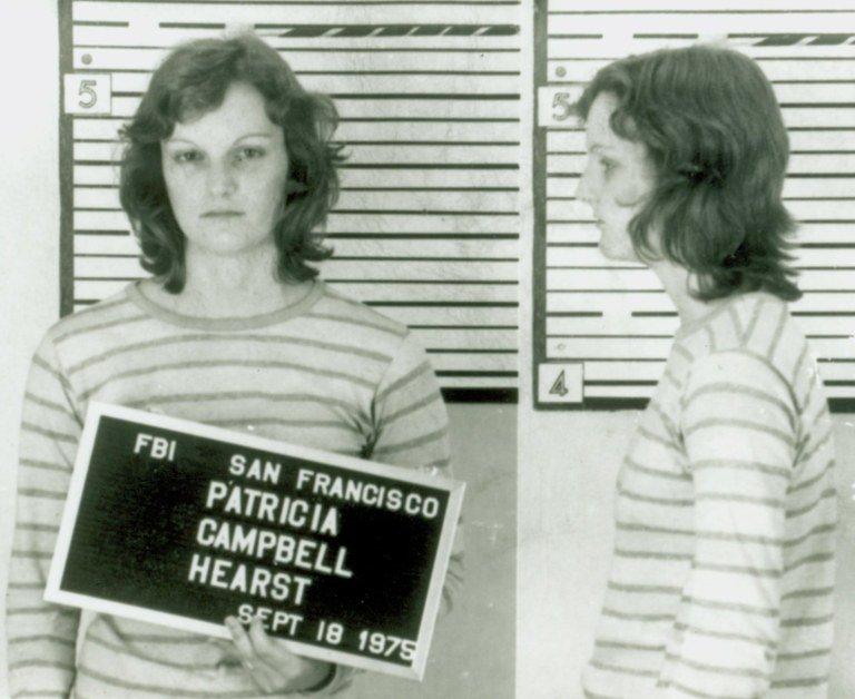 L'ereditiera Patricia Hearst esce dal carcere di San Francisco con un milione di $ di cauzione
