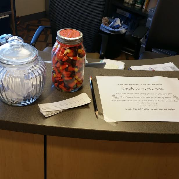 Uno Ideas Room On Twitter Come And Guess How Many Candy Corns There Are In This Jar The Closest Guess Gets To Take The Jar Home Good Luck Https T Co 0txoxruhbw