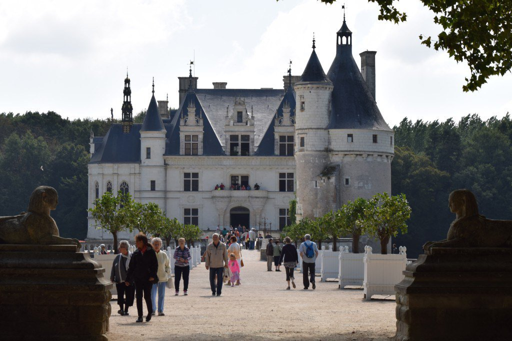 Loire Valley Castles along the Road to Happiness in France with @RelaisChateaux #France https://t.co/hxvVJvgpoc https://t.co/2DKjRdirtv