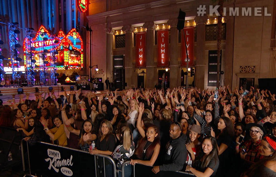 #Directioners are here! @OneDirection takes over Hollywood Blvd. TONIGHT on #Kimmel! #MadeInTheAM