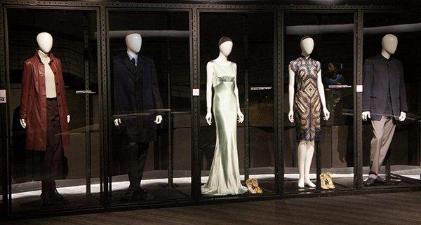 【映画『007 スペクター』公開記念イベント】8F「OPUS」では、メイキング等の特別映像を上映中!ボンドガールが着用した衣装等も展示中です。 #SPECTRE #ソニービル_007 https://t.co/g0O4HSXr7p https://t.co/5TNLEVHjmG