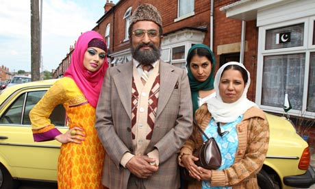 It's nearly here the weekend, and tonight great Tv 7.30pm #citizenkhan @bbcone that #FridayFeeling @adilray https://t.co/nhxU5Te654