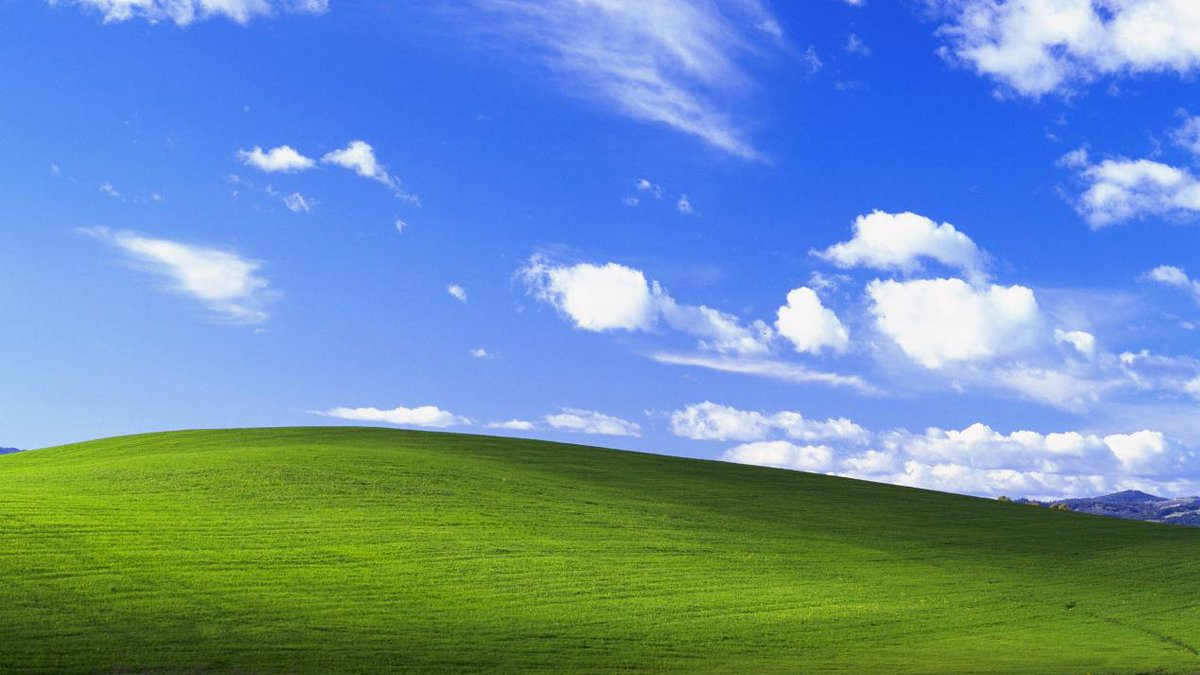 Pc Master Race On Twitter Want The The Windows Xp Wallpaper At