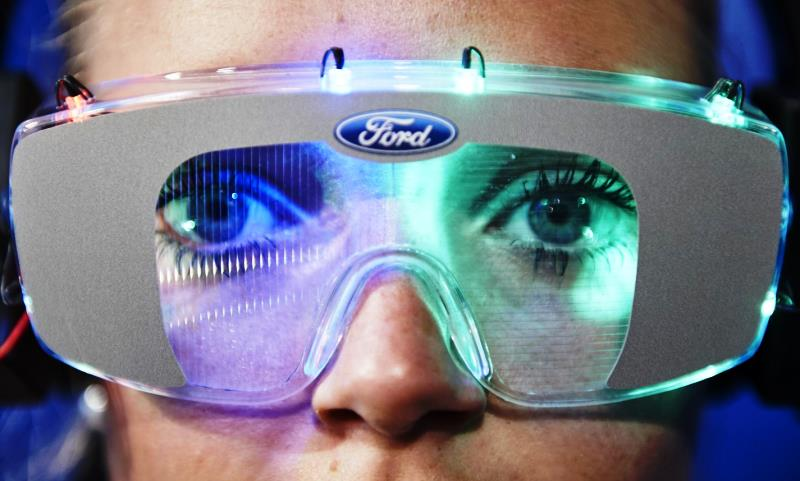 Ford svela la Drug Driving Suit