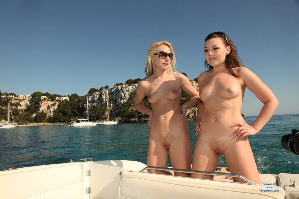 Nude girl psp themes