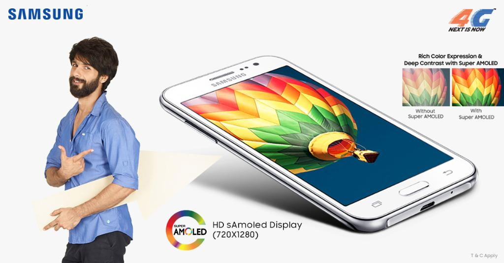 Samsung #GalaxyJ series comes with a vibrant Super AMOLED display for a true 4G experience. https://t.co/tYY0AoaJd7 https://t.co/ZAEqrLYECK