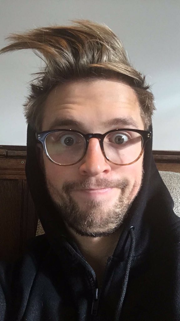 """Marcus Butler on Twitter: """"so happy with my new hair https ... Marcus Butler 2017"""