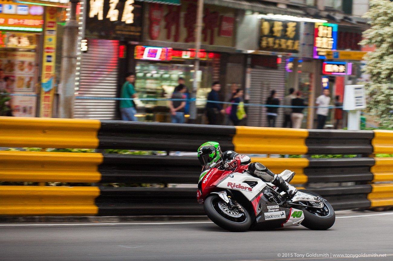 [Road racing] GP de Macau 2015  - Page 3 CUVTD2HWsAAdSBE