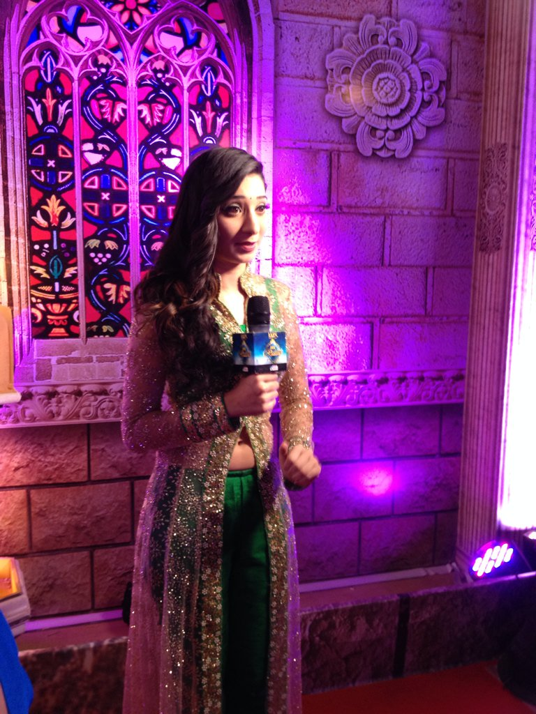 Fabulous Vrushika Mehta at Zee Rishtey Awards 2015 ZRA 2015