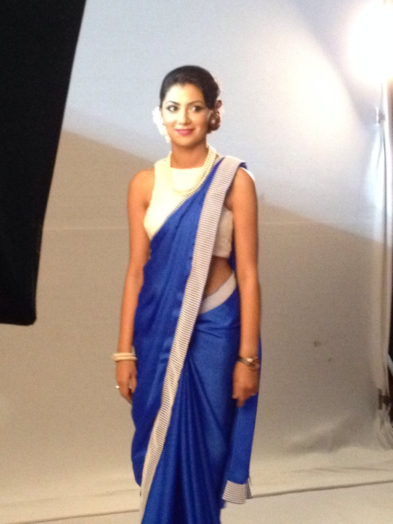 Pragya ok Kumkum Bhagya Sriti Jha at Zee Rishtey Awards 2015, ZRA 2015