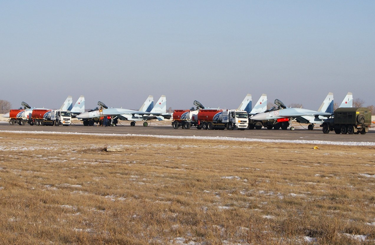 Su-35S: News - Page 16 CUW2awMUEAE5OUT