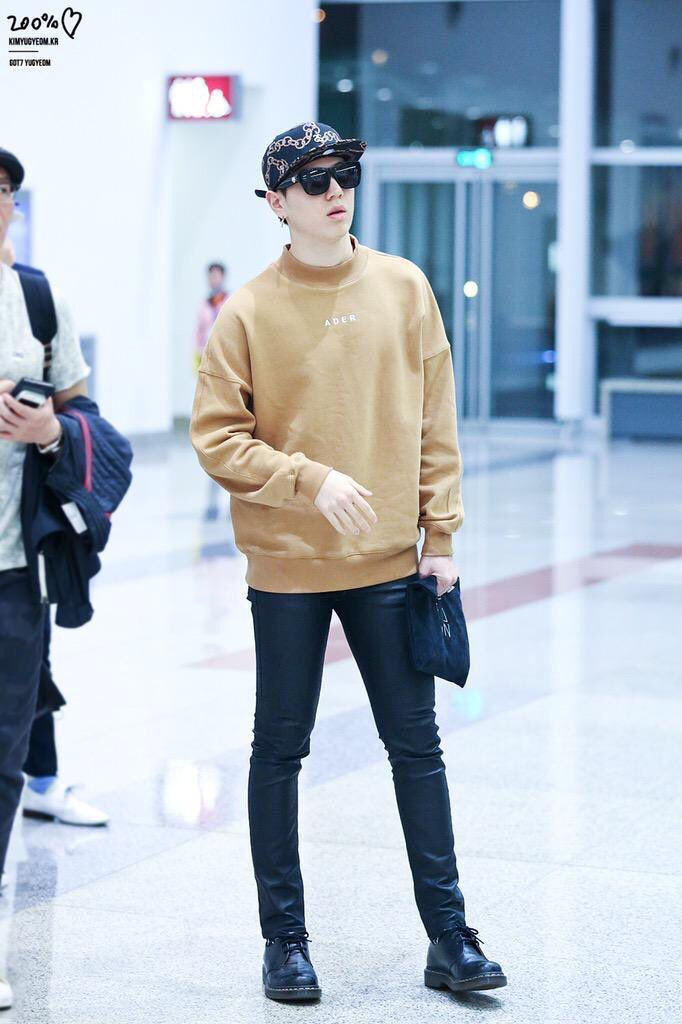 Kim Yugyeom Style On Twitter Airport Fashion Snapbacks