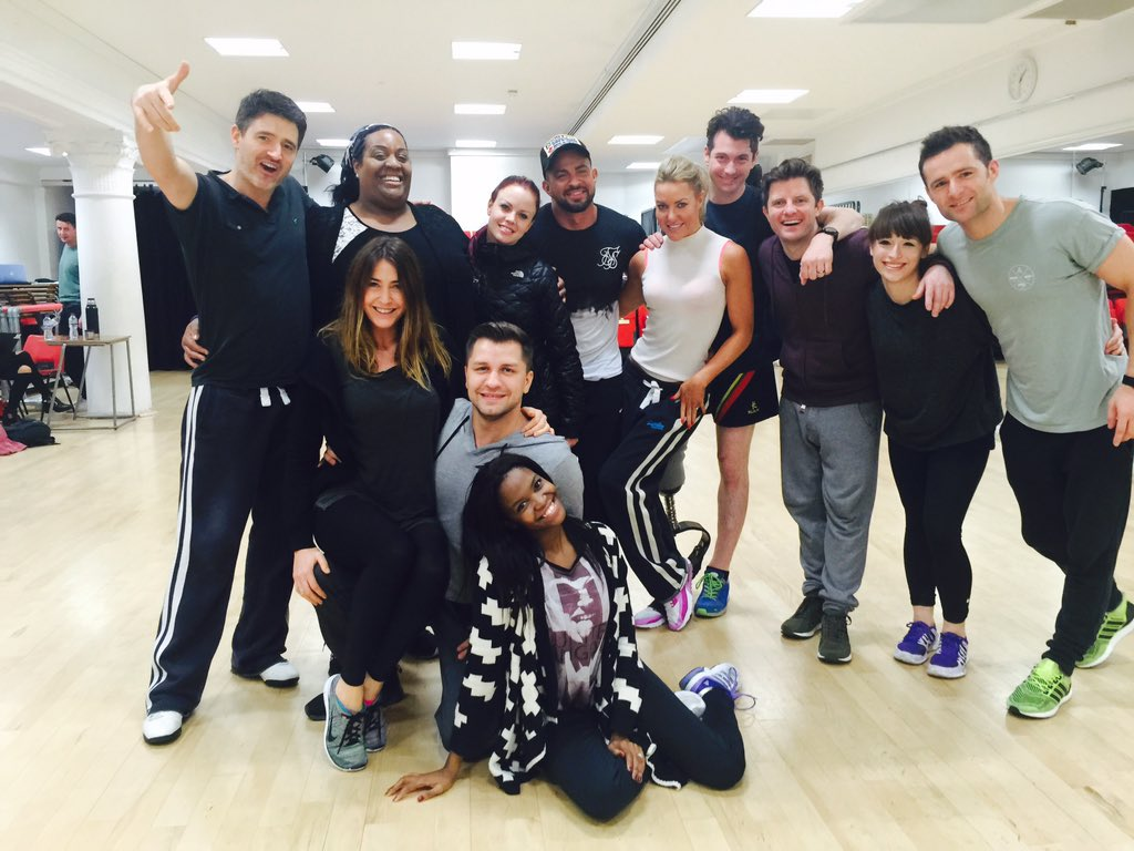 Brilliant day with @bbcstrictly Xmas cast @Lisa_Snowdon @AlisonHammond @mcflyharry @PashaKovalev @Bears_eat_oats 😊 https://t.co/wn0tda5jwa