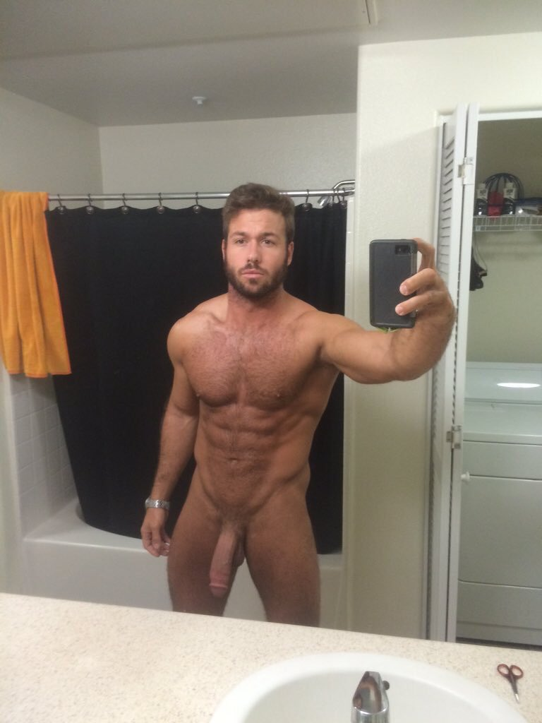 hot gay mucle men