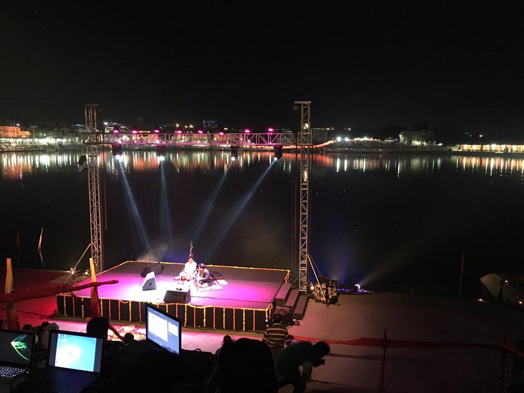 "Inaugural day at festival ""The Sacred"" at Pushkar. https://t.co/WkNnHmj1tv"
