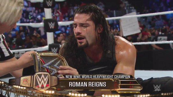(ROMAN REIGNS) CAMPEON DE WWE TRAS GANARLE A AMBROSE POR CUENTA FALSA!!