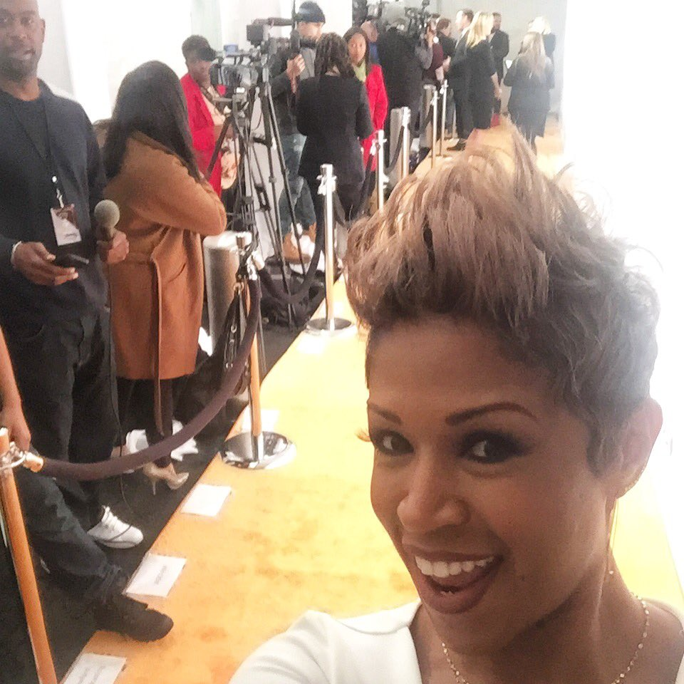 @val_warner talks about @chiraqthemovie premiere tomorrow! She's a reporter in the film! #ChiRaqTheMovie @SpikeLee https://t.co/QXuyaVUYg0
