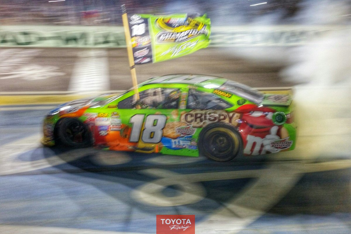 RETWEET to congratulate @KyleBusch on his 1st @NASCAR Championship! #RowdyNation #ToyotaNation https://t.co/XEujTpo6pE