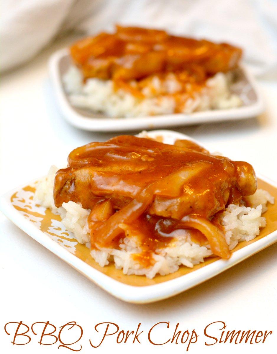 Cold weather comfort food #recipe. BBQ Pork Chop Simmer #SmithfieldPork #ad https://t.co/18Kv0U5Lh6 https://t.co/HQflqZFlqb