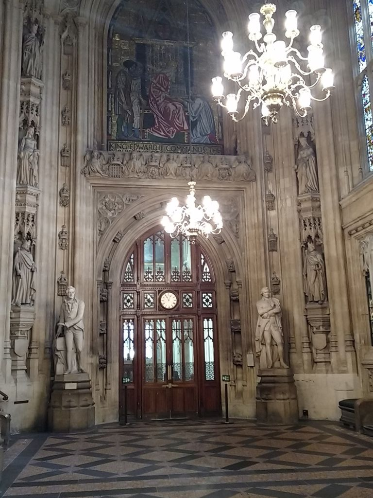"Quote from tour of #parliament: ""We posh this place up a bit for the #Queen"" #scienceinwestminster15 https://t.co/v2gWfrzmlm"