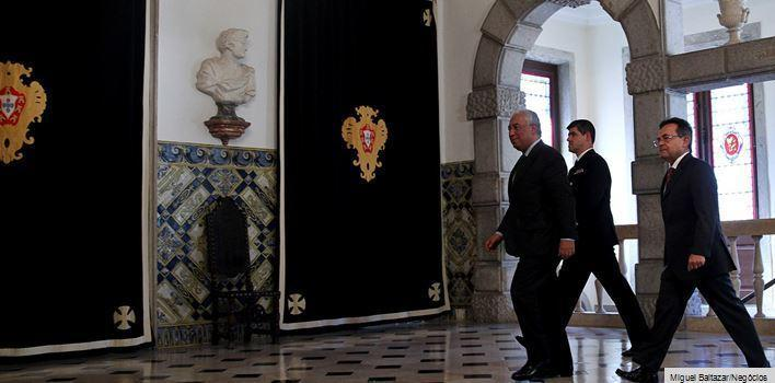 Cavaco apresenta seis exigências a António Costa https://t.co/UGkCdfwPW5 #JNegocios