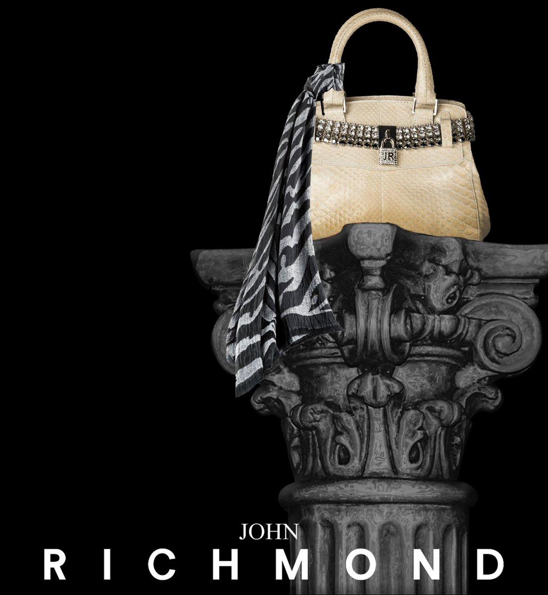 #johnrichmondofficial #bag #scarf #fw1516 #fashion https://t.co/Lic23KytHt