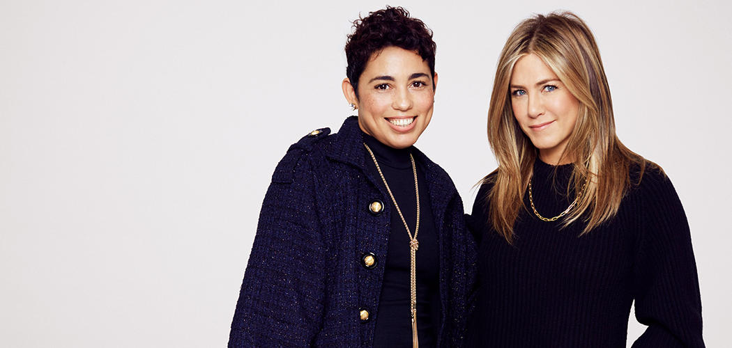 . @mimigstyle got the scoop from #JenniferAniston, including her life's theme song: https://t.co/2zw3t8nZNN https://t.co/32hjB7ENt9