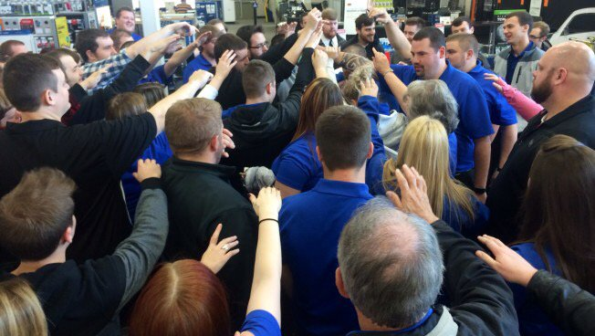Just how does @BestBuy get ready for #BlackFriday? We go behind the scenes: https://t.co/d1IkQWxS59 https://t.co/4WooIT2VJ4