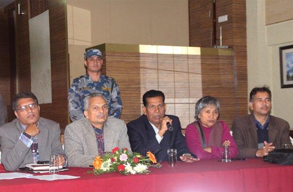 कार्यकर्ता तान्दै बाबुराम