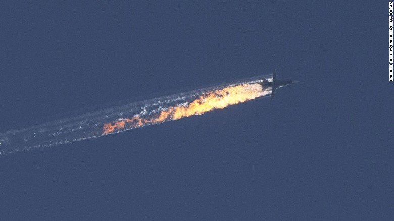 BREAKING: Turkish military says plane violated airspace; they responded with F-16s https://t.co/VpGNLkMf9F https://t.co/gxliTZAyvz
