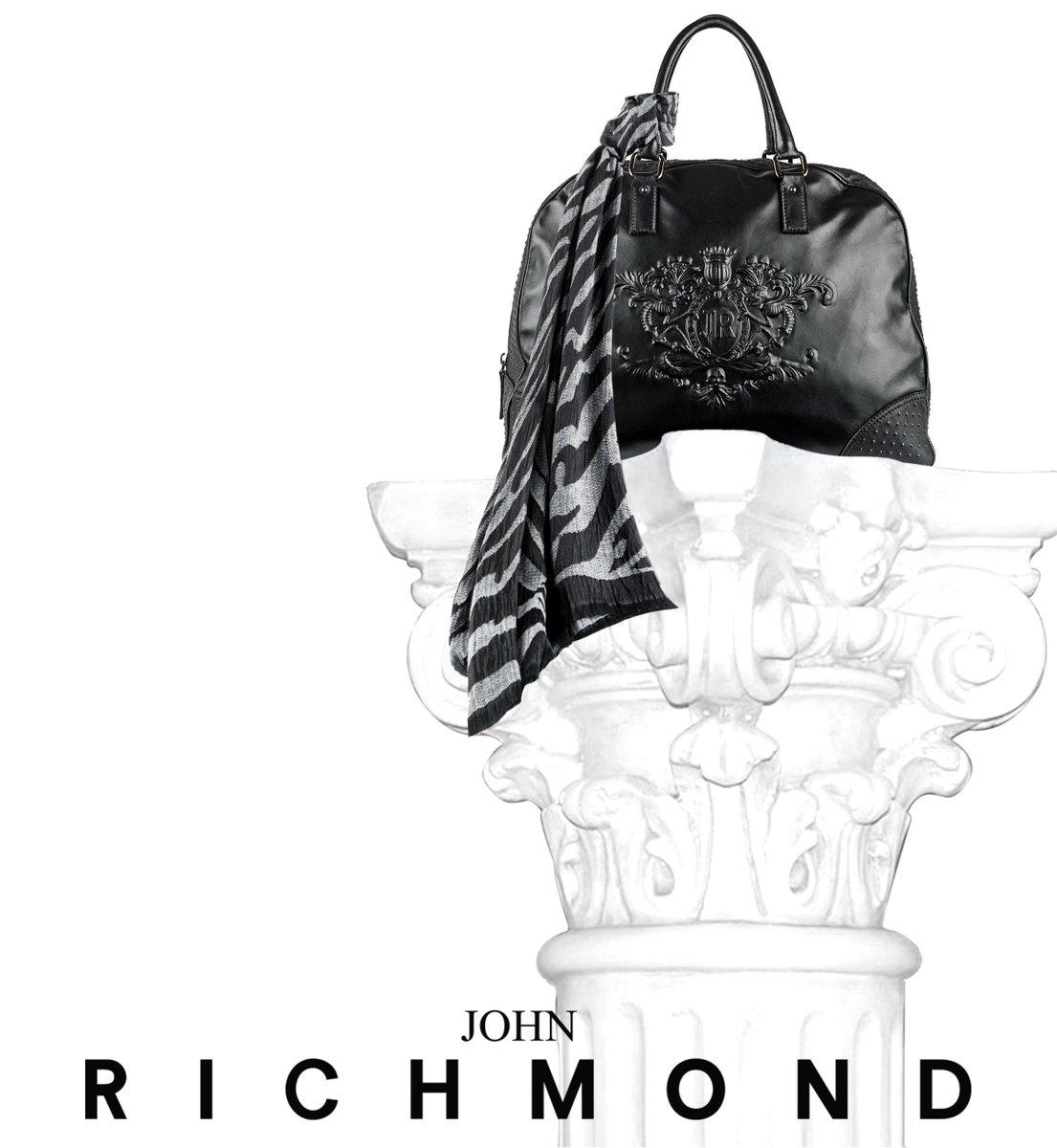#johnrichmondofficial #bag #scarf #fw1516 https://t.co/UsIxWLRIcg