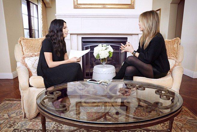 Blogger @maskcara talks beauty secrets with #JenniferAniston: https://t.co/5DlY51n2o4 #yourbesthair https://t.co/X6yv0HpHOE
