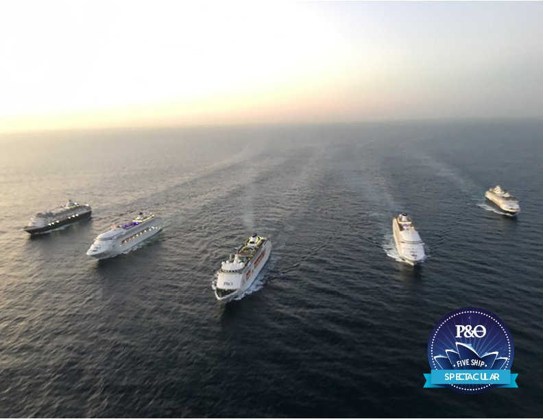 The fleet is COMING FOR YOU! All 5 ships are on their way to Sydney Harbour for the Five Ship Spectacular! #5ships https://t.co/SdtV6qx8ey